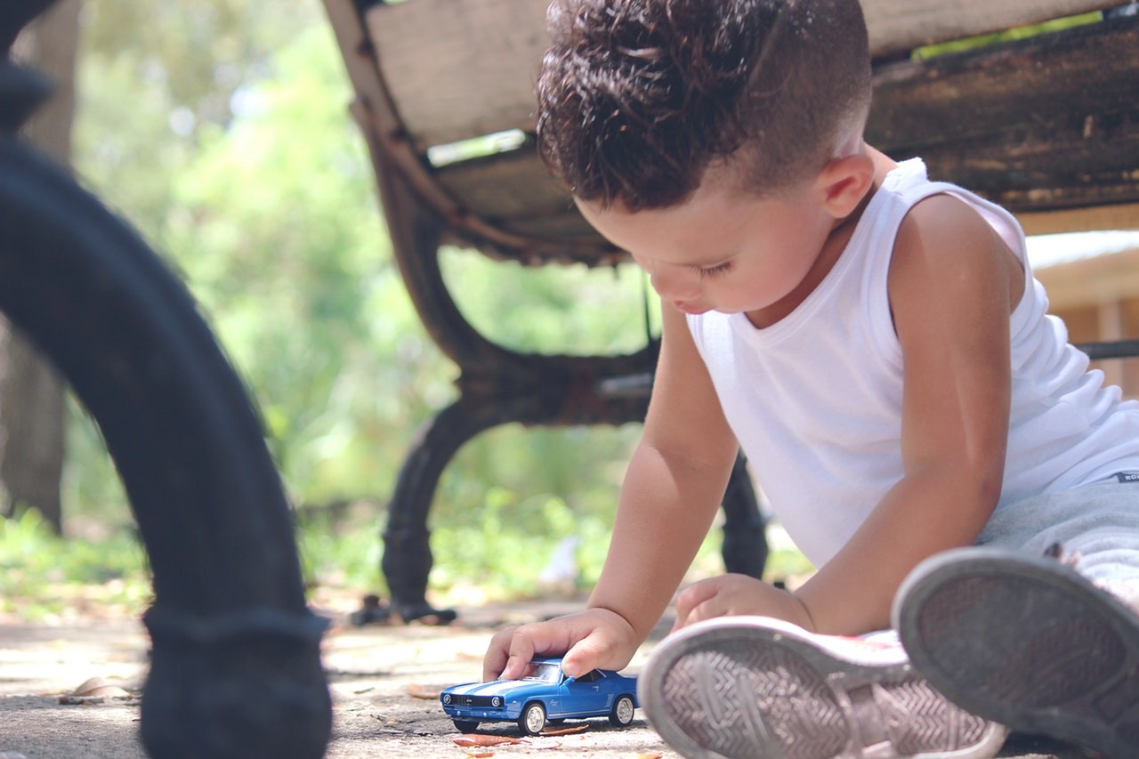 Summer Safety Tips Involving Kids and Cars